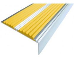 Угол-порог с 2 вставками желтого цвета 1,33 м.